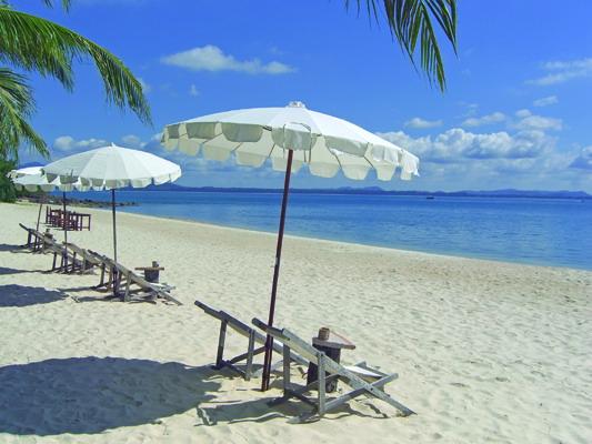 hua-hin-beach.jpg